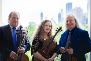 Ronald Thomas, cello; Patricia McCarty, viola; Arturo Delmoni, violin